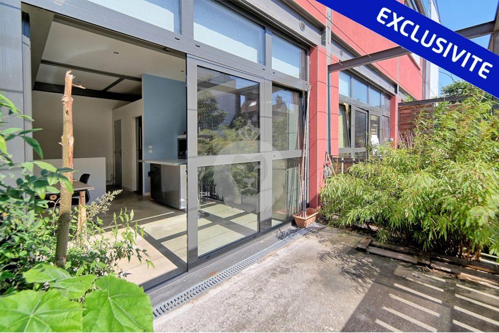 Grand studio avec terrasse à Montreuil, par King Immobilier les Muriers