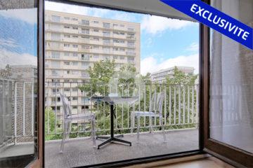 Grand T1 avec balcon a Paris